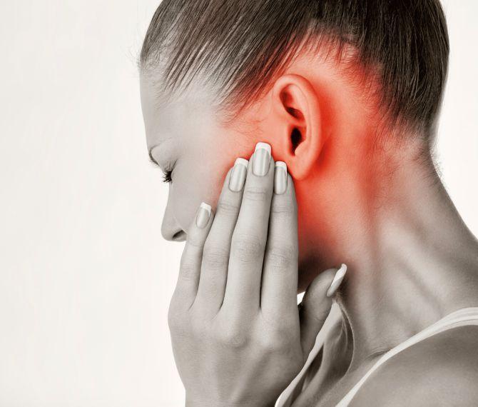 Bolestivé uši: Neuveríte, koľko pomocníkov nájdete vo vašej kuchyni | Diva.sk