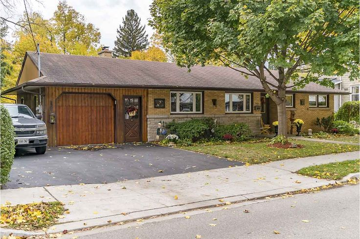 Cottage Living in the City! 645 Vine Street, Cambridge, ON. $469,900.