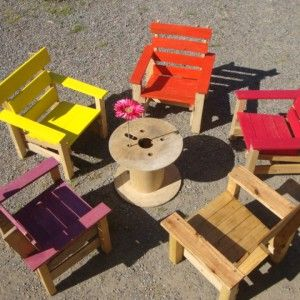 Pallet Kids chairs