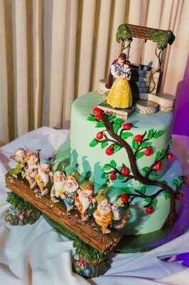 2014 best Cake Art images on Pinterest Animal cakes ...