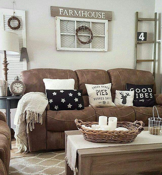Cute farmhouse style family room decorating