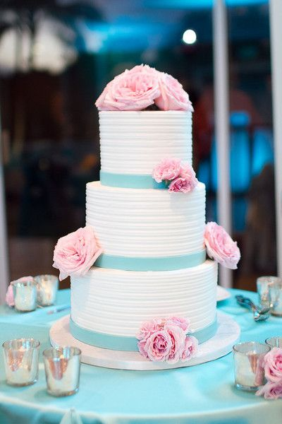 A Cake Life - Hawaii Cake Bakers - Pastel pink and blue wedding cake with peonies