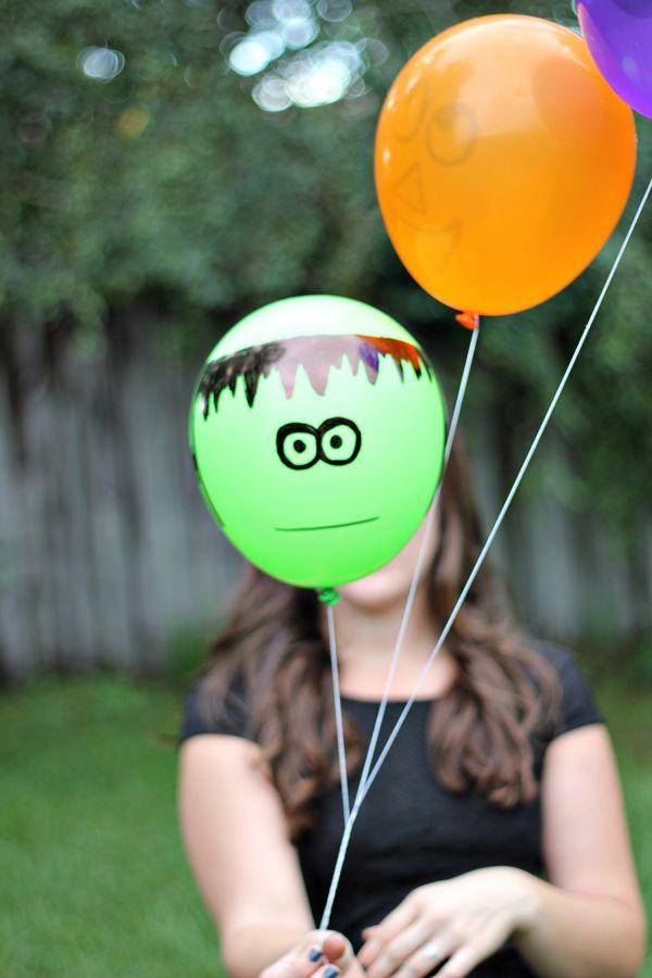 Graciosos globos para una fiesta monstruos / Fun monster party balloon decorations