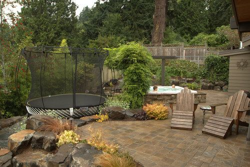 This trampoline has a tall safety net to catch those who may fall out. A safe trampoline provides hours of fun for your whole family.