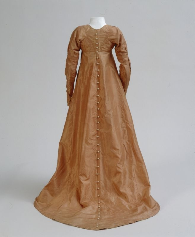 Dress ca. 1800 From the Germanic National Museum