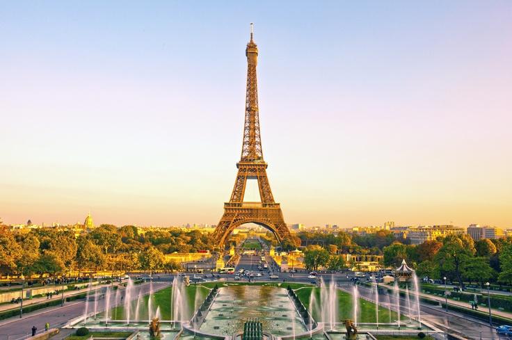 PARIGI Vacanza romantica in questa bellissima città europea ad ottobre.Tutti i migliori pacchetti viaggio dei prossimi mesi qui  http://vacanze.volagratis.com/offerte/vacanze/parigi?utm_source=pinterest_medium=post_vacanze_campaign=95_PAR_source=PINTEREST_content=offerta_PAR