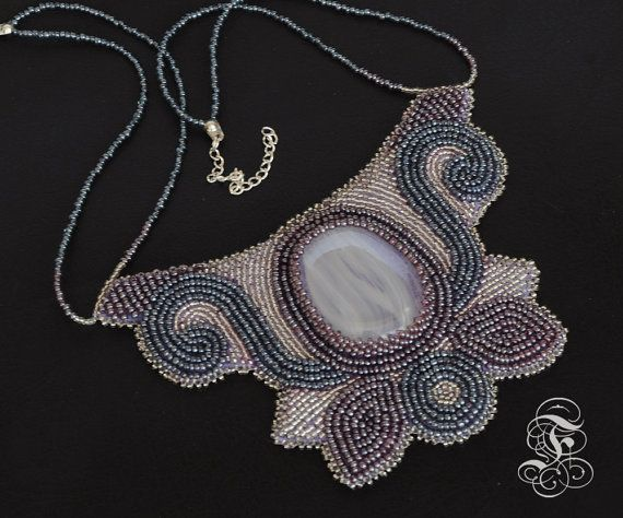 Bead Embroidery Necklace 'Pale Bloom'