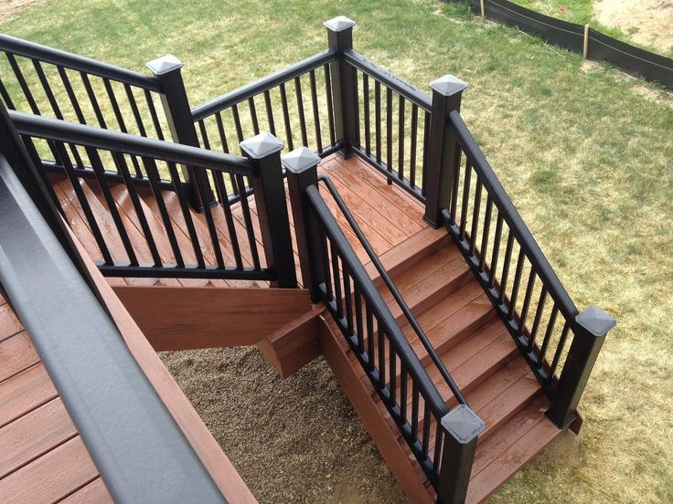 Best Rochester Hills Composite Deck Construction Deck Stairs 640 x 480