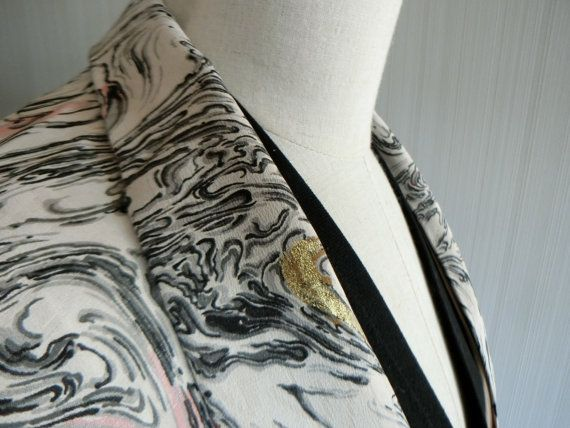Etsy の マーブル模様のモダンな羽織 by zenzoshop