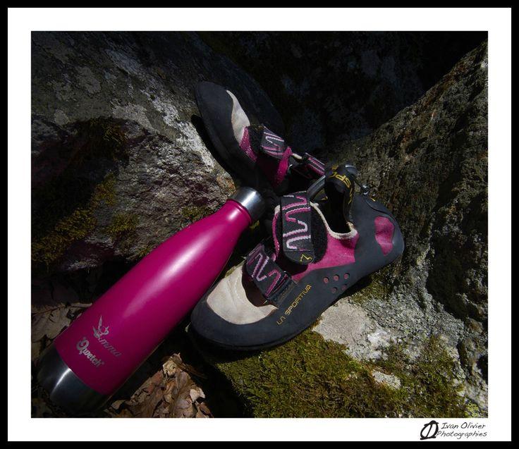 … qu'il vous faut! A votre avis, à part les chaussons, quel est l'objet commun àtous les grimpeurs? Non, non, ce n'est pas le baudrier, la dégaine ou le crash pad… to…