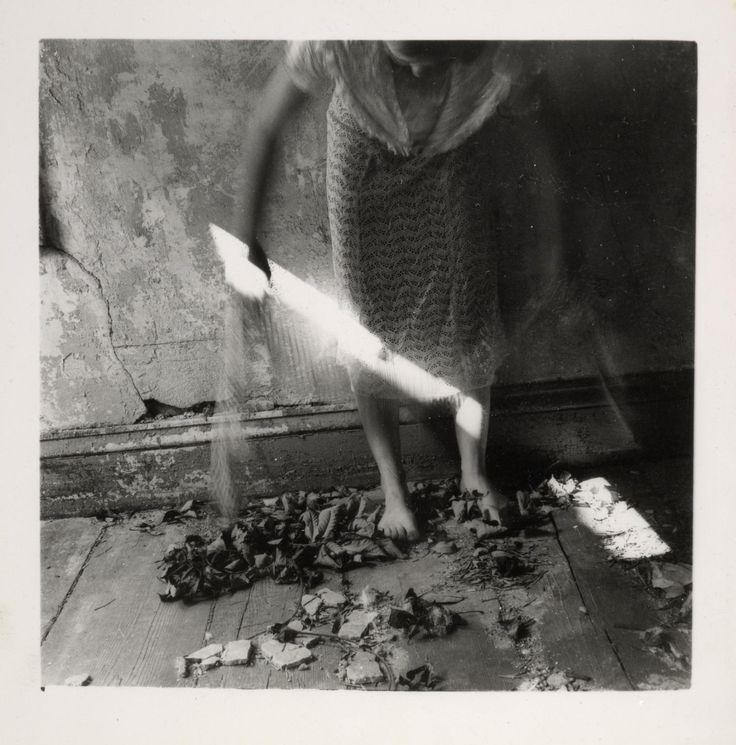 Francesca Woodman 'Untitled', 1975–80 © Courtesy of George and Betty Woodman