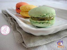 i macarons facili e veloci sono una ricetta leggermente rivisitata per ottenere dei meravigliosi dolcetti in un modo più facile e alla portata di tutti