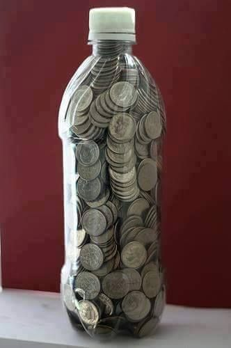 **SHARE ON YOUR TIMELINE TO SAVE**  TWO LITER DIME CHALLENGE . . . I like this one!  Full a 2 liter bottle with dimes . . . some say it will net $700 but I also read it could be $550 . . . only one way to find out...THESE ARE GREAT LITTLE EASY WAYS TO SAVE MONEY :) REMEMBER, LIKE, COMMENT, SHARE to continue seeing my posts! FOLLOW ME -->https://www.facebook.com/nancy.meadows.737  Join my free weight loss support group for healthy recipes, motivation, encouragement and more! Just click…