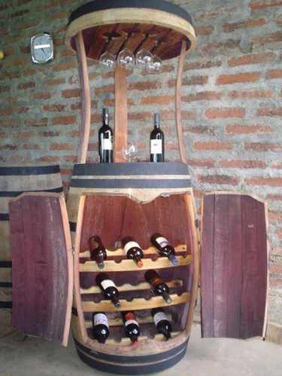Muebles hechos con barricas de vino | Hacer bricolaje es facilisimo.com: Ideas For, Minis Bar, Wine Barrels, Old Wood, Wine Bottle, Wood Barrels Pretty, Things Wine, Reclaimed Barrels, Barrels Things