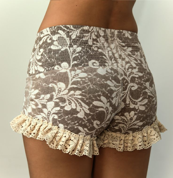 surya-shorts-flowerbrown