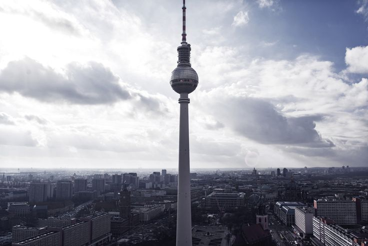 View over Berlin | The television tower in Berlin | Moonlight Bohemian