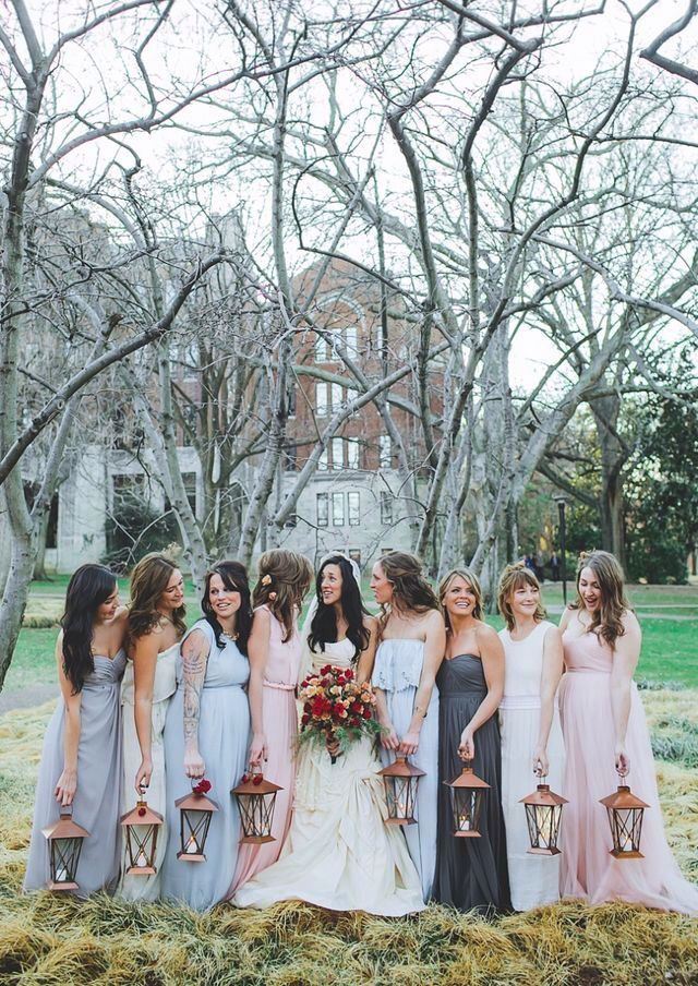 Bridesmaids Light The Way With Lanterns Instead Of Carrying Bouquets Weddings Pinterest