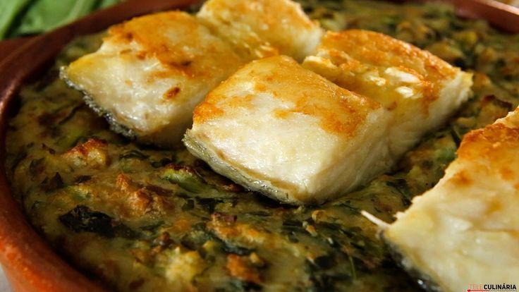 Receita de Bacalhau com couves a soco. Descubra como cozinhar a receita de bacalhau com couves a soco de maneira prática e deliciosa com a TeleCulinária!