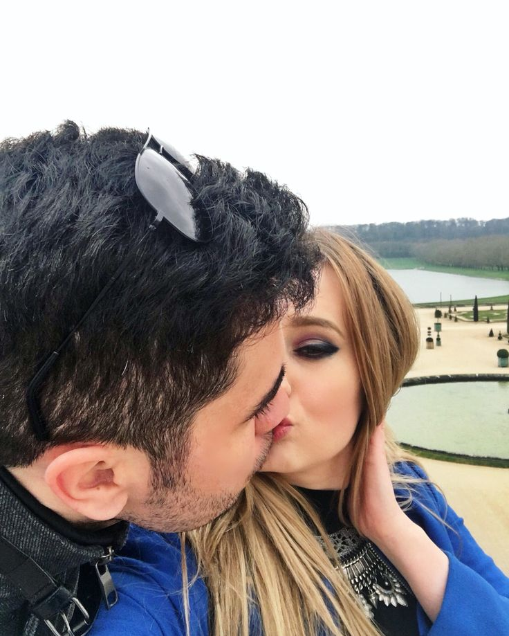 Kisses from Versailles