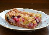 Rychlý ovocný koláč s drobenkou