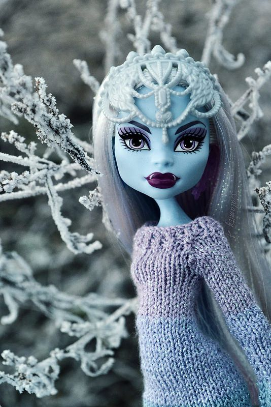 I am kind of obsessed with Monster High! #MonsterHigh #VampireSnowQueen