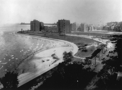 Oak Street Beach - Chicago - The whole thing Chicago