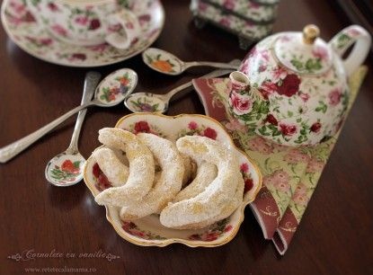 Cornulete cu vanilie