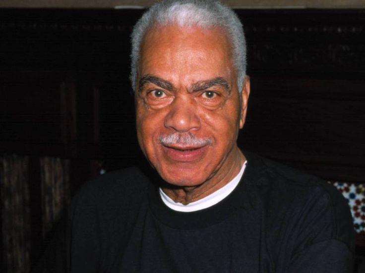 """Er wurde durch seine Rolle als Vater von Bill Cosby in der """"Bill Cosby Show"""" weltbekannt: Nun ist Earle Hyman im Alter von 91 Jahren gestorben. Schauspieler Earle Hyman (1926-2017), der für seine Rolle als Cliff Huxtables Vater Russell in """"Die Bill Cosby Show"""" bekannt..."""