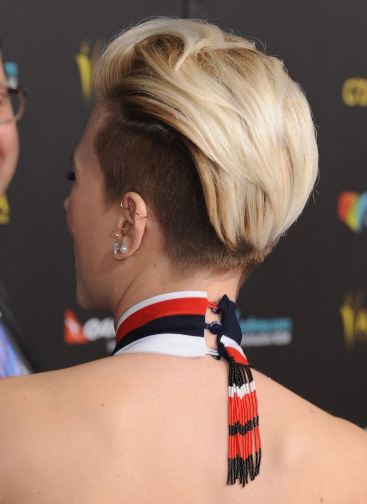 Scarlett Johansson Gets an Undercut, Proves Us Wrong About Everything  - MarieClaire.com