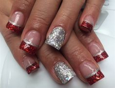 Day 356: Acrylic Christmas Nail Art - - NAILS Magazine