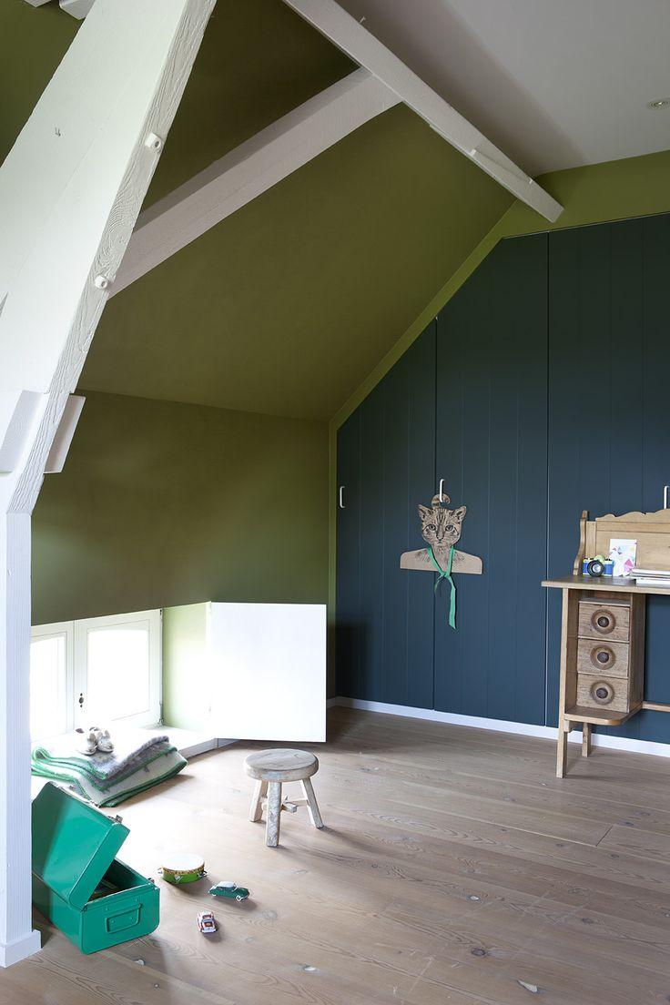korrelverf WE M62 green river en kast in WE M02 blue moon, uit We are colour by BOSS paints #colourblocking