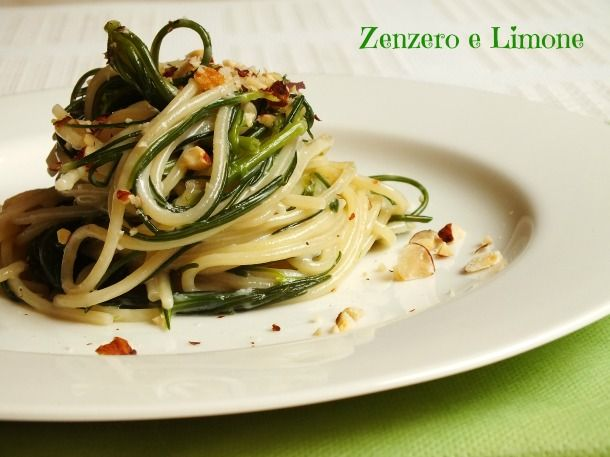 Agretti+e+spaghetti+-+ricetta+veloce