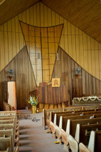Traditional church with beautiful flowers! Floral Design & Decor  by www.pinkenergyfloraldesign.co.za