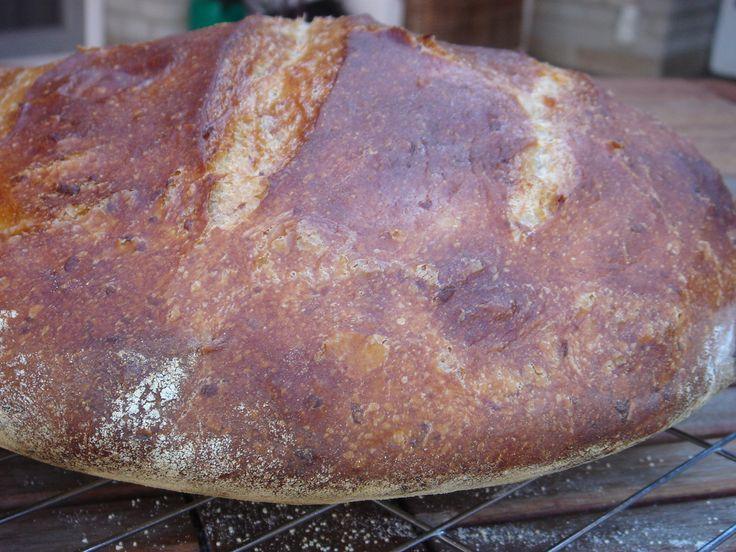 """Még mindig tesztelem az új sütési technológiát, amire """"ráéreztem"""". Ezzel a sütési eljárással gyakorlatilag olyan kenye..."""