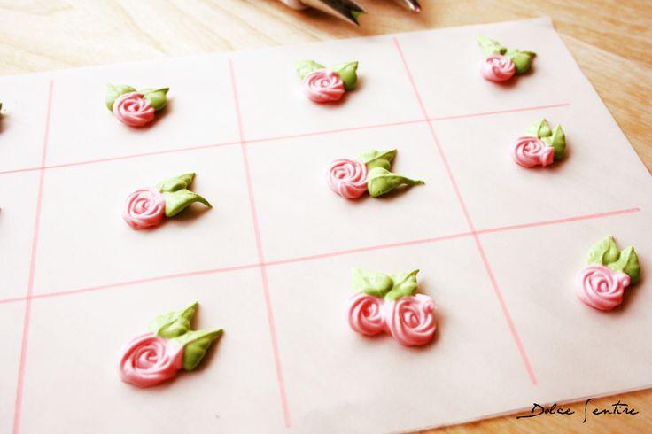 Dolce Sentire {Galletas decoradas}: Rosas de glasa real facilísimas {Foto Tutorial}