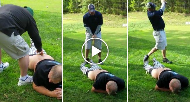 Jogadores De Golfe Tentam a Mais Bizarra Tacada De Sempre