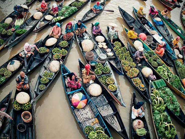 Activited Lok Baintan, Floating Market  http://500px.com/photo/10471913?from=popular