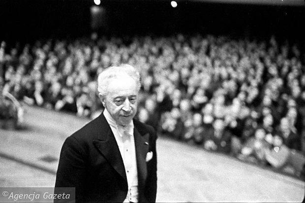 z11401387Q,Artur-Rubinstein-na-Konkursie-Chopinowskim-w-1960-.jpg (Obraz JPEG, 620×414pikseli)