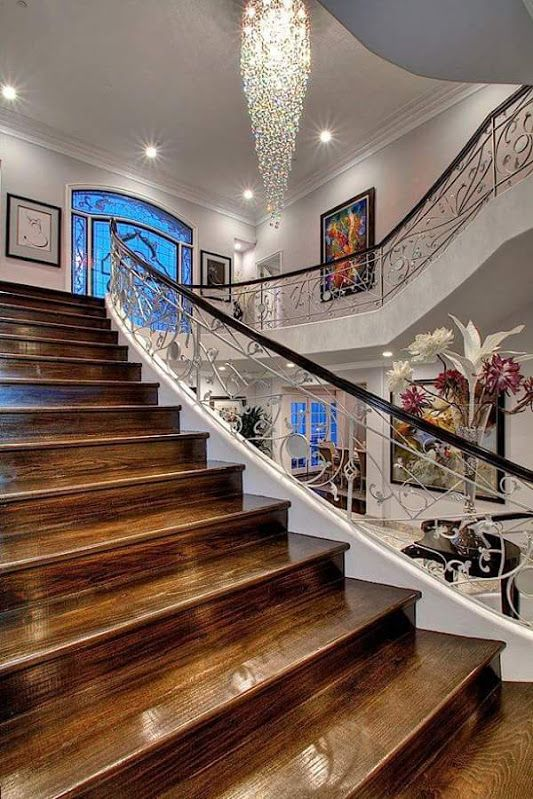 310 mejores im genes de escaleras originales en pinterest for Casa de diseno henry beltran