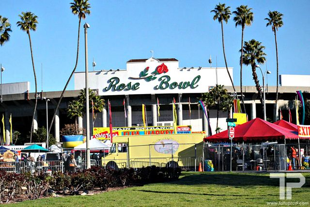 Bargain hunters flock to the Rose Bowl Flea Market each month to shop more than 2500 booths full of antiques, vintage clothing, and other flea market finds.