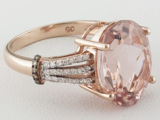5.00ctw Oval Cor-de-rosa Morganite(Tm) With .22ctw White And Champagne Diamonds 10k Rose Gold Ring