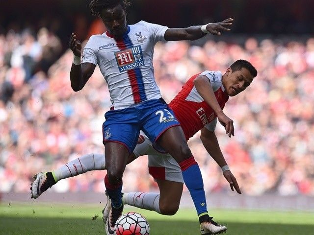 Alan Pardew: 'Pape Souare has sustained broken thigh'