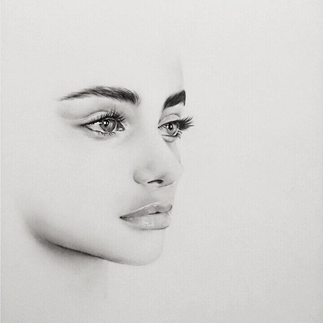 So simple, her eyes are so realistic, makes me want to work on drawing lips better