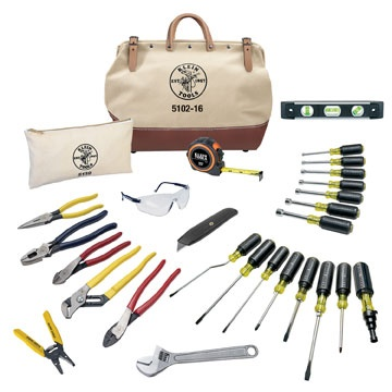 28-Piece Electricians Tool Set (80028) – Give dad all the tools he could need with this 28-Piece Tool Set.  It includes a wide range of tools; pliers, screwdrivers, a tape measure, an adjustable wrench, and a wire stripper.  Plus it comes all packed into a durable canvas tool bag!