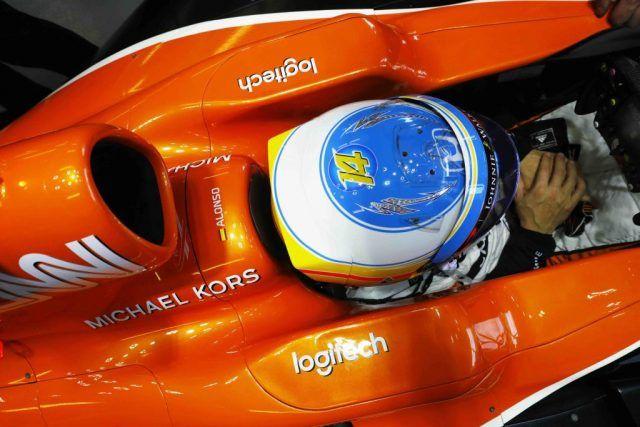 Logitech, yaptığı anlaşmayla McLaren-Honda'nın Resmi Teknoloji Ürünleri Ortağı olduğunu duyurdu. Geçtiğimiz Pazar günü (15 Mart) tarihinde gerçekleştirilen Avustralya Melbourne Grand Prix'sinden başlayarak, McLaren-Honda MCL32'nin başta kokpit ses sistemleri olmak üzere, bilgisayar, oyun ve...   http://havari.co/logitech-mclaren-hondanin-resmi-teknoloji-urunleri-ortagi-oldu/