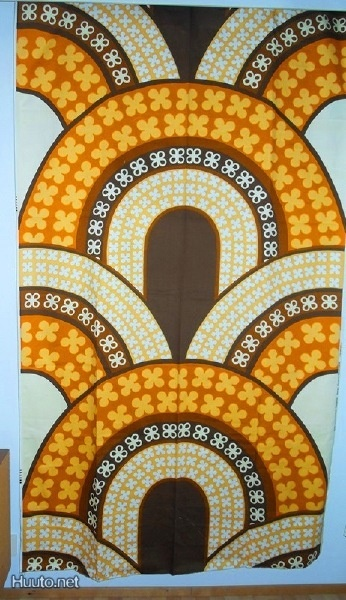 Tampella -kangas, design Marjatta Metsovaara / Tampella cloth, design Marjatta Metsovaara