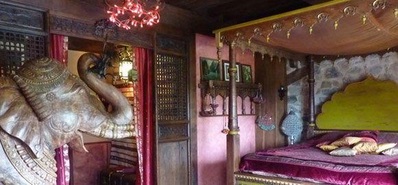 Elephant-Room-at-La-Serve