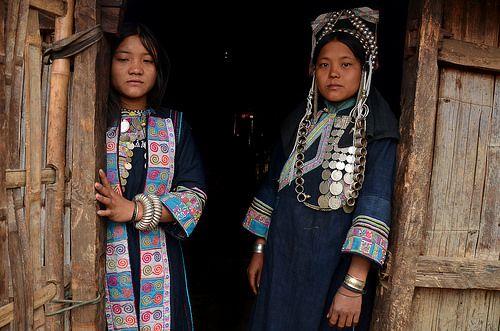 Akha girls, Phongsali, Laos