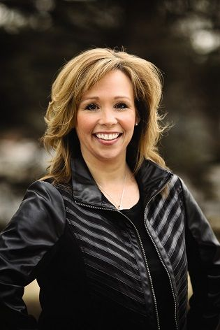 US Speaker ENVP Sheila Green, Arbonne Independent Consultant - Sheila began her Arbonne Business in 2005 and is a dedicated leader with an expansive global team. She believes the way to succeed with Arbonne is to empower others to believe in themselves.
