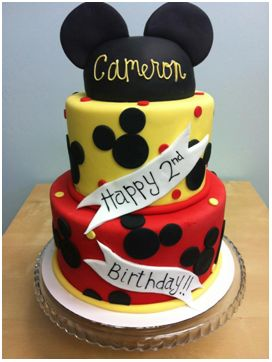 No one does cakes like The Frosted Cake Shop! This Mickey Mouse Cake is simply too cute to eat.